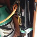 Bordwerkzeug in Gaskasten  Ich weiss ..... aber da hat es am besten Platz gehabt